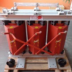 Fábrica de transformadores trifásicos