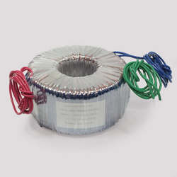 Transformador toroidal para amplificador de áudio